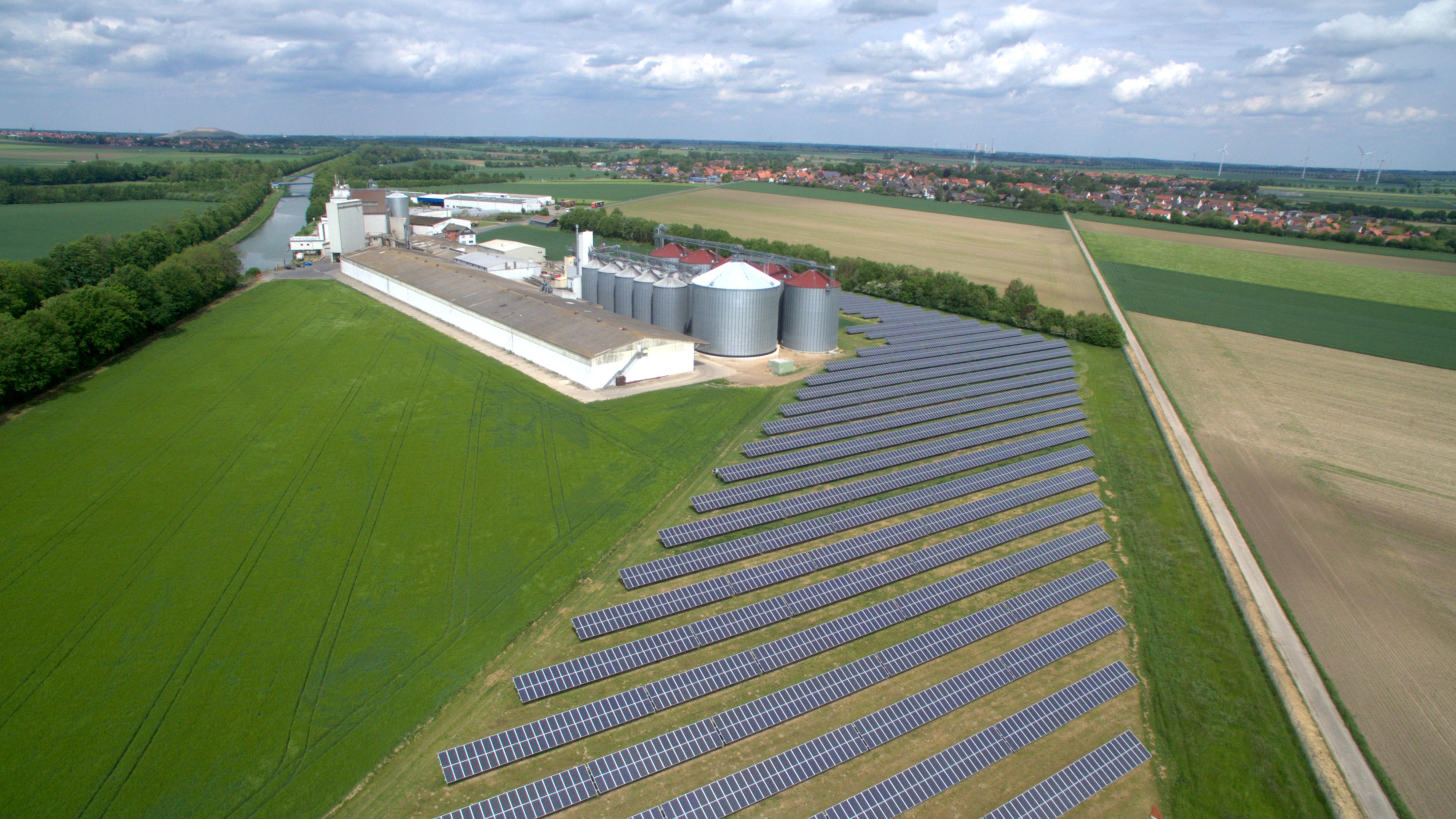 Bau der Solaranlage in Algermissen